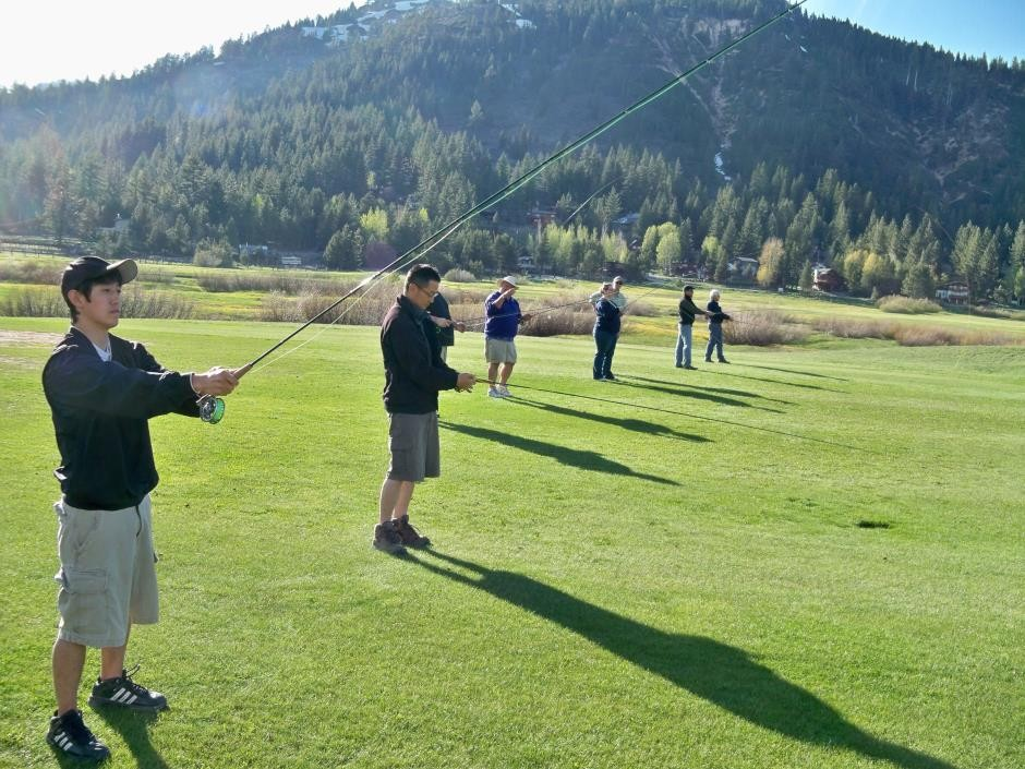 http://mattheronflyfishing.com/wp-content/uploads/2013/03/Truckee-River-Lake-Tahoe-Fly-Fishing-Classes-4.jpg