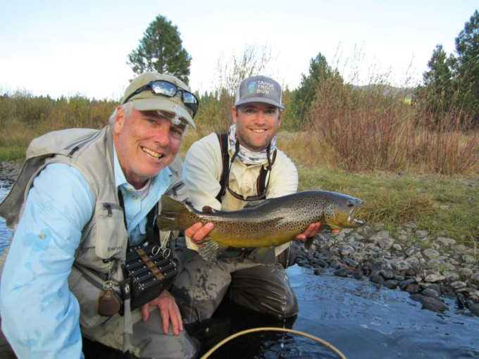 http://mattheronflyfishing.com/wp-content/uploads/2013/03/Truckee-River-Lake-Tahoe-Fly-Fishing-Guide-Trips-11.jpg