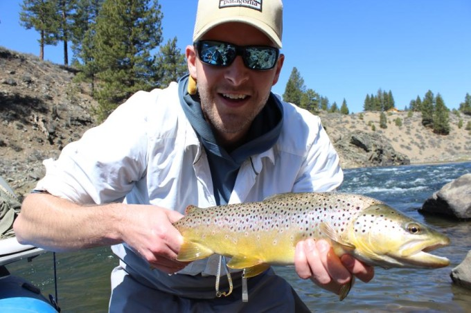 http://mattheronflyfishing.com/wp-content/uploads/2013/03/Truckee-River-Lake-Tahoe-Fly-Fishing-Guide-Trips-13.jpg