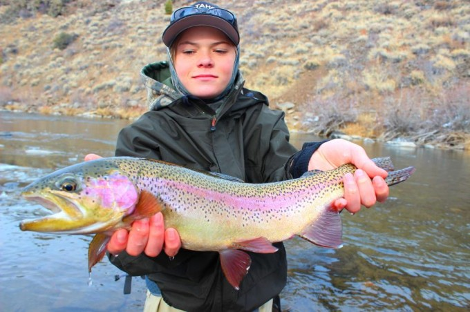 http://mattheronflyfishing.com/wp-content/uploads/2013/03/Truckee-River-Lake-Tahoe-Fly-Fishing-Guide-Trips-4.jpg