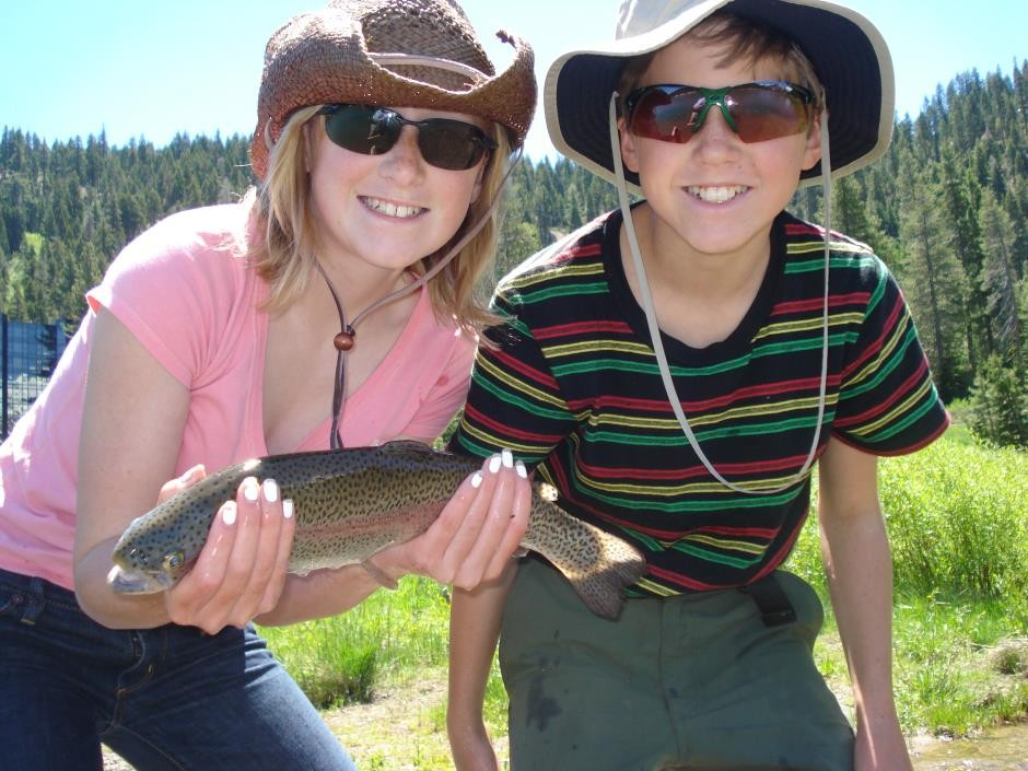 https://mattheronflyfishing.com/wp-content/uploads/2013/03/Truckee-River-Lake-Tahoe-Fly-Fishing-Kids-12.jpg
