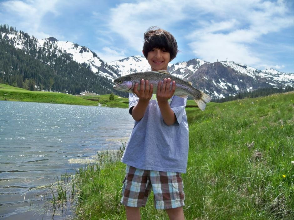 https://mattheronflyfishing.com/wp-content/uploads/2013/03/Truckee-River-Lake-Tahoe-Fly-Fishing-Kids-4.jpg