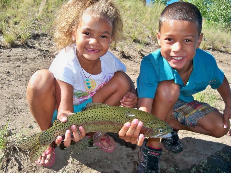 https://mattheronflyfishing.com/wp-content/uploads/2013/03/Truckee-River-Lake-Tahoe-Fly-Fishing-Kids-8.jpg