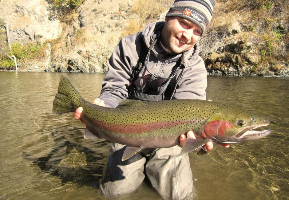 http://mattheronflyfishing.com/wp-content/uploads/2013/03/Truckee-River-Lake-Tahoe-Fly-Fishing-Matt-Heron-11.jpg